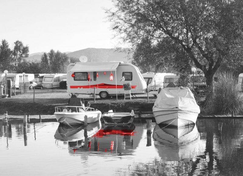 Strandbäder und Campingplätze